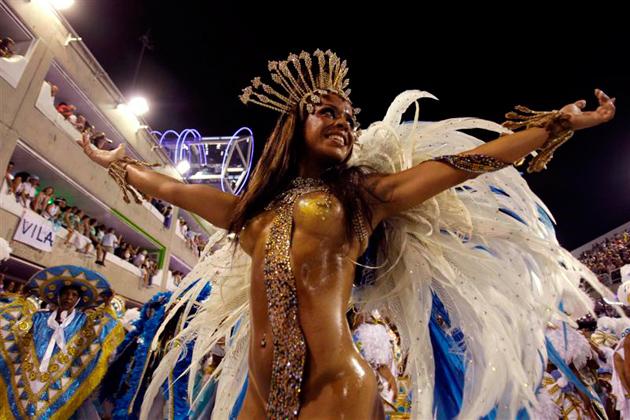 475Бразильский голый карнавал видео